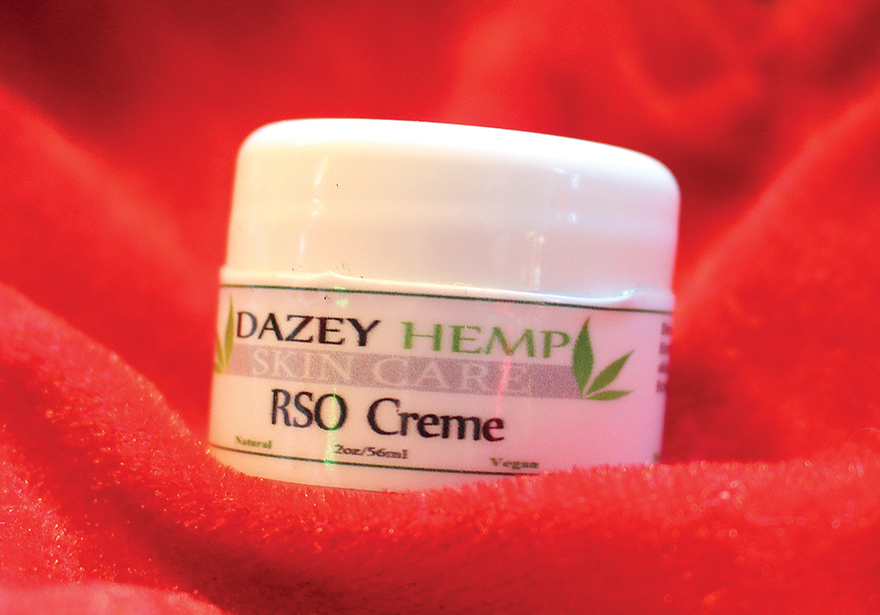 Dazey_Hemp_RSO_Face_Creme_Holiday_Ganja_Gift_Guide_Edibles_Magazine