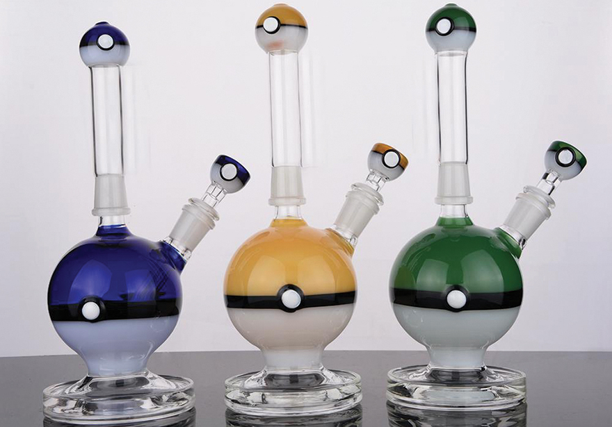 Top 7 Cannabis Holiday Gift Ideas - Bongs