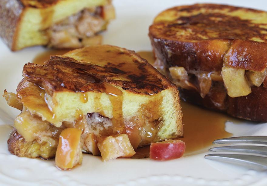 Tokin' Texas Toast Apple Bake
